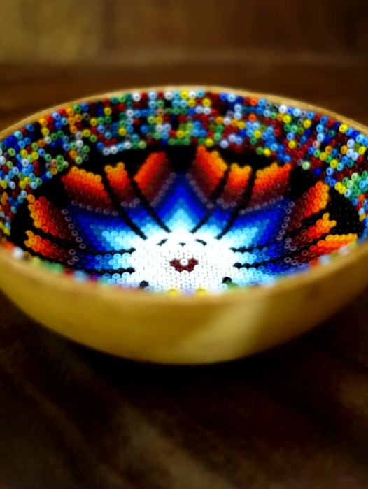 SMALL HUICHOL HAND BEADED BOWL – SUN