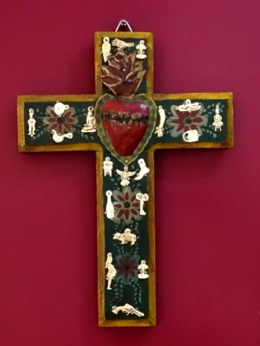 WOODEN CROSS WITH SACRED HEART – GREEN