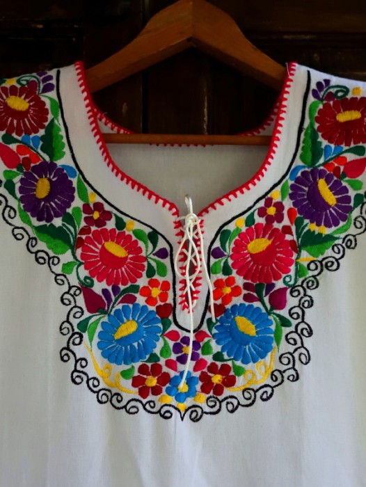 "EMBROIDERED MEXICAN ""LA REINA"" BOHO DRESS ~ MANTA"