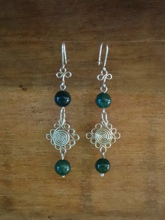ALPACA EARRINGS WITH JADE BEADING
