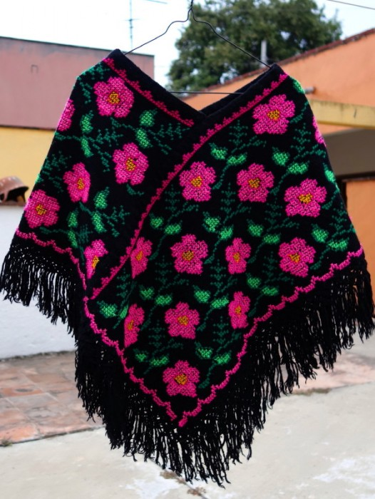 HAND EMBROIDERED HUIPIL BOHO PONCHO ~ ROSA