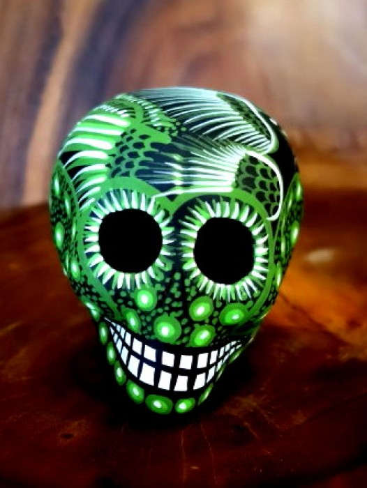 MEDIUM CERAMIC CHICANO SUGAR SKULL ~ GREEN